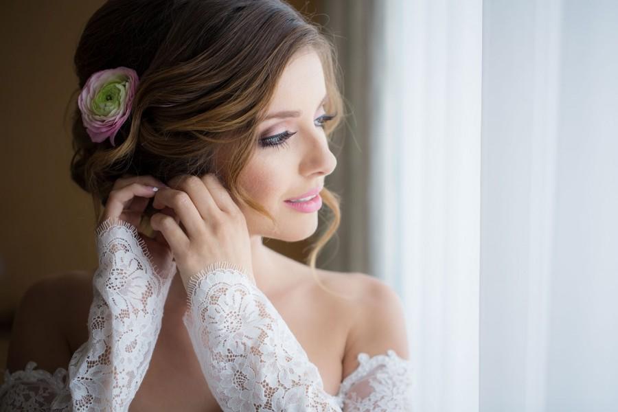 луч как позировать перед свадебным фотографом фото образом